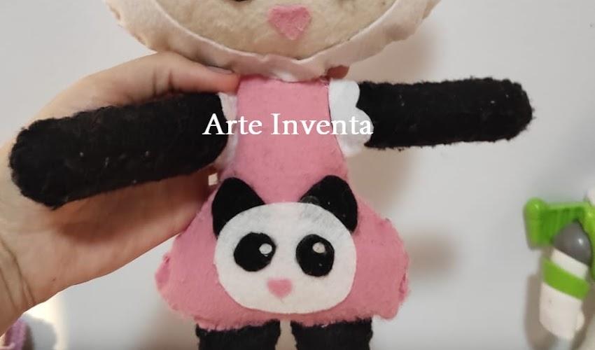 Boneca Metoo Doll em feltro com molde