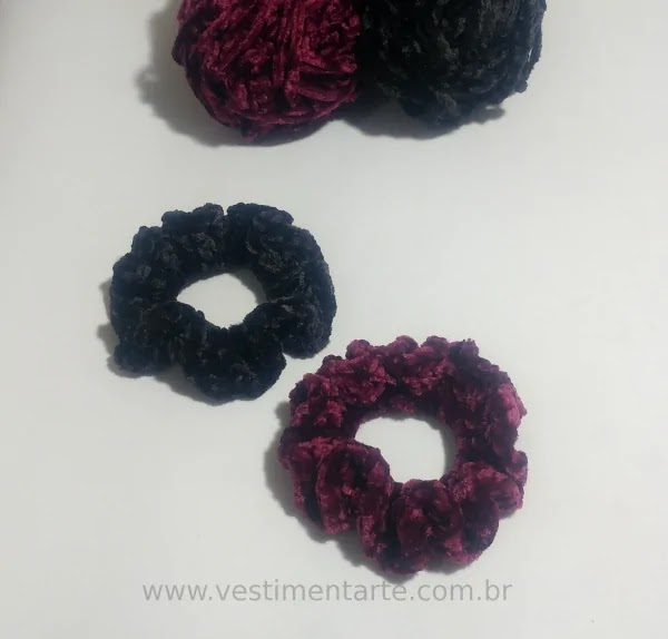 Scrunchies veludo crochê como fazer