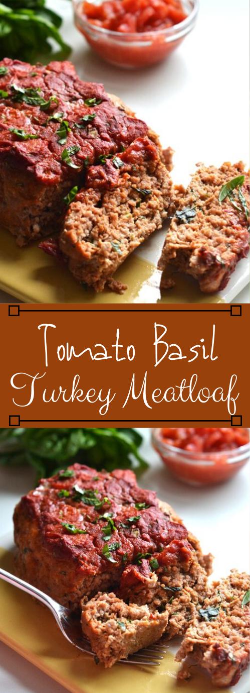 WHOLE30 TOMATO BASIL TURKEY MEATLOAF #whole30 #tomato #basil #meatloaf #paleo