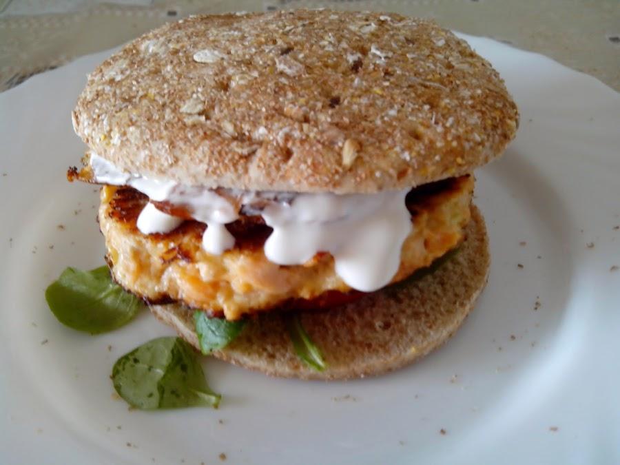 Imagen de la hamburguesa montada