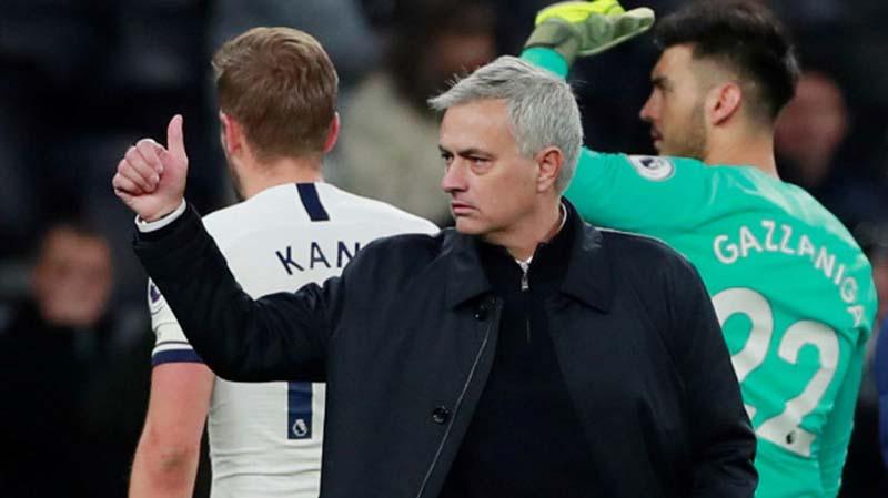 Mourinho Pede Tottenham Finis Empat Besar di Liga Inggris