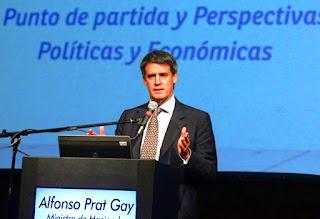 """Al disertar en el Congreso del Instituto Argentino de Ejecutivos de Finanzas (IAEF), anticipó también que el Gobierno planteará que para las Pymes """"el impuesto al cheque sea considerado a cuenta del de Ganancias""""."""