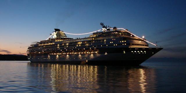 """فيروس """" كورونا """" يصيب 65 سائح في سفينة سياحية خاضعة للحجر الصحي باليابان"""