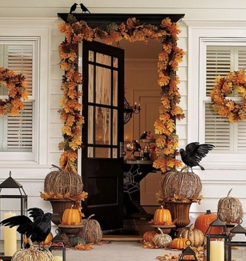 Autumn Yard Decorations: Fall Decorating