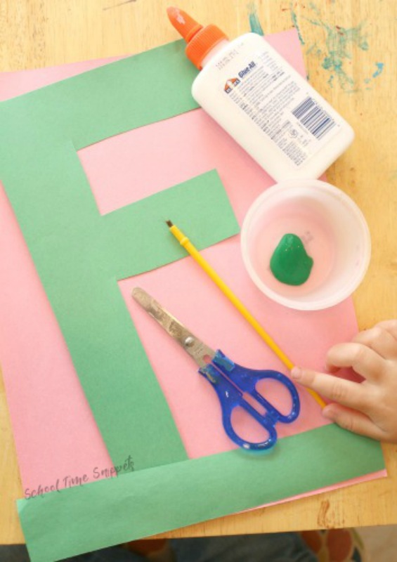 make letter craft - f for flower
