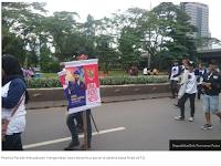 Parade Kebudayaan Diwarnai Atribut Partai