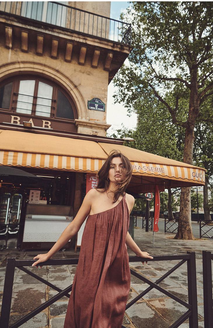 Andreea Diaconu stars in Massimo Dutti Perfect Companion summer 2021 editorial.