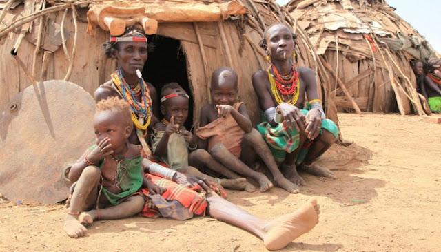 Lima Belas Suku Pedalaman Di Seluruh Dunia Yang Perlahan Mendekati Kepunahan