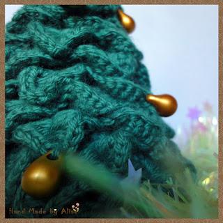 Елочка - зеленые иголочки крючком