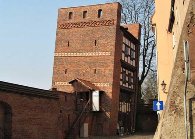 Menara Miring Torun