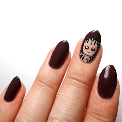 Groot Nails
