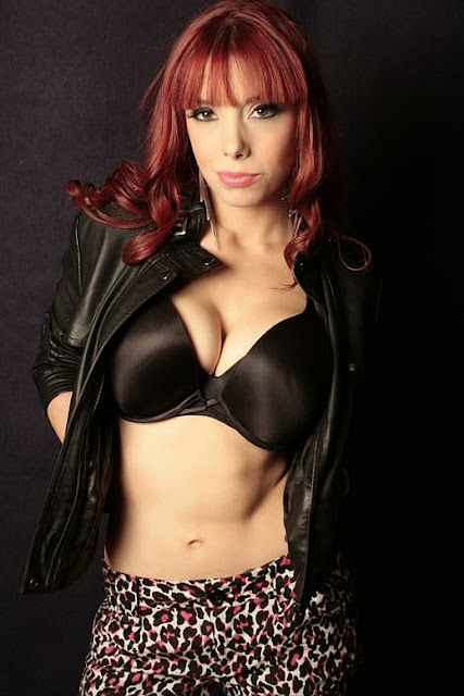 Female Wrestling: Taeler Hendrix - TNA Knockout
