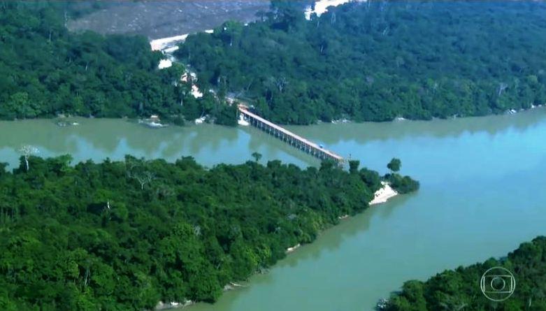 Responsável pela ponte ilegal no rio Jamanxim debocha da Marinha; veja o vídeo