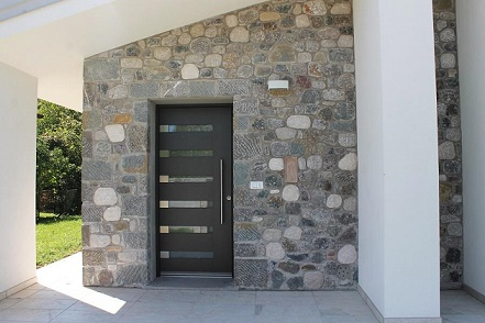C mo elegir la puerta de entrada colores en casa for Modelos de puertas de ingreso