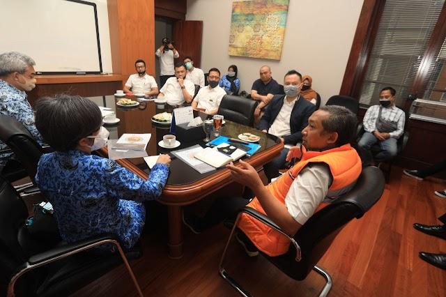 Pemkot Bandung Akan Mengizinkan Calon Pengantin Menggelar Resepsi Pernikahan