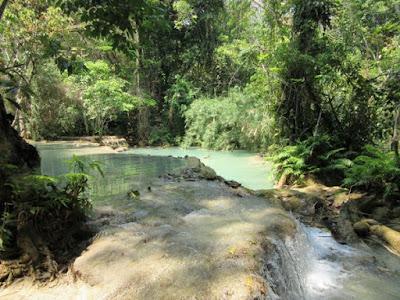 Cascada Kouang Si, en Luang Prabang, Laos