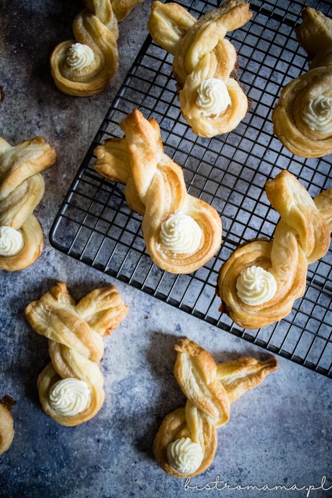 zajączki z ciasta francuskiego