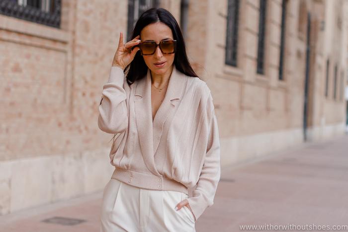 Streetstyle look en Colores de primavera blanco y rosa maquillaje