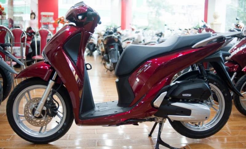 Giá xe máy tháng 5 bật tăng trở lại