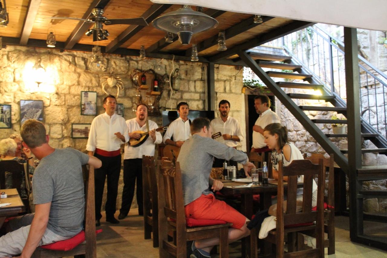 Singers at Tragos restaurant in Trogir, Croatia