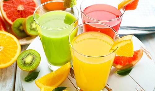هل عصير الفواكه صحي أم مضر؟