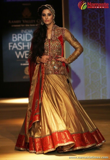 Hot Bollywood Actress Bridal Fashion Week 2013