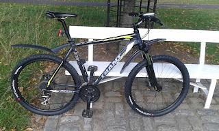 Stolen Bicycle - Giant ATX 27.5 1