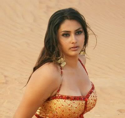 South Indian Hot Actress Kisses