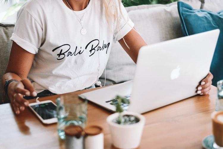Saiba os mitos sobre ganhar dinheiro com o seu blog.