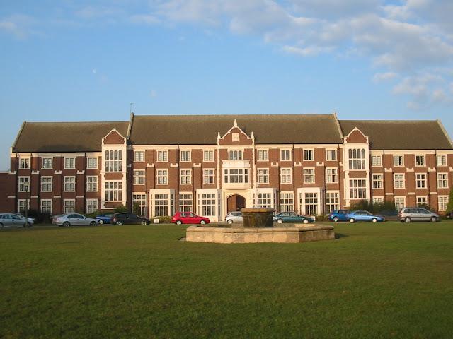 羅浮堡大學