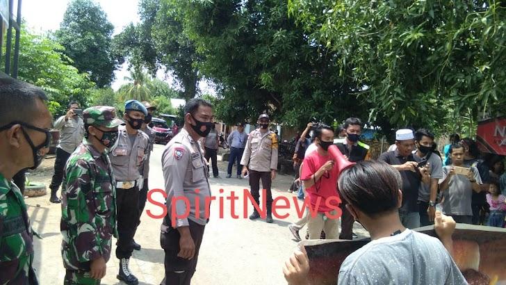 Demo Di Desa Banggae Berjalan Lancar Dalam Pengawalan Personil TNI dan Polri di Marbo