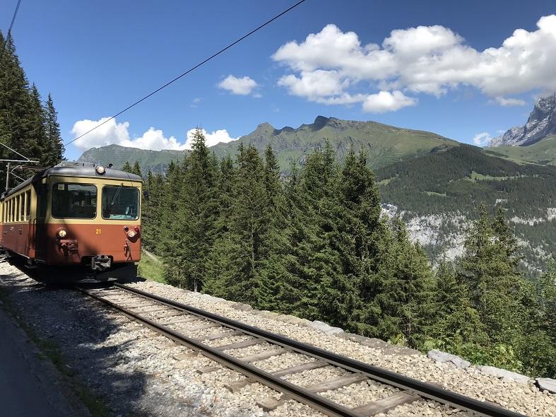 Sentiero ferroviario Murren Grutsalp