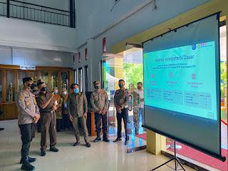 Pastikan Pelaksanaan Sesuai Prokes, Kapolres Bersama Forkopimda Tinjau Pelaksanaan Tes CPNS Kabupaten Enrekang