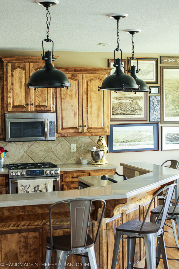 Pendant Lighting Fixtures in Kitchen