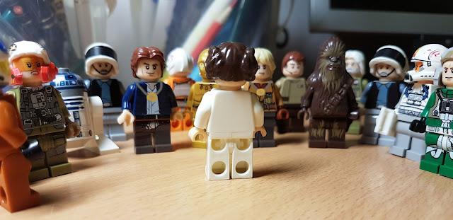 Чубакка Хан Соло, принцесса Лея, Люк Скайуокер, дроиды R2-D2 и C-3PO, повстанцы