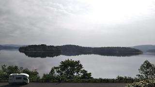朱鞠内湖展望台から