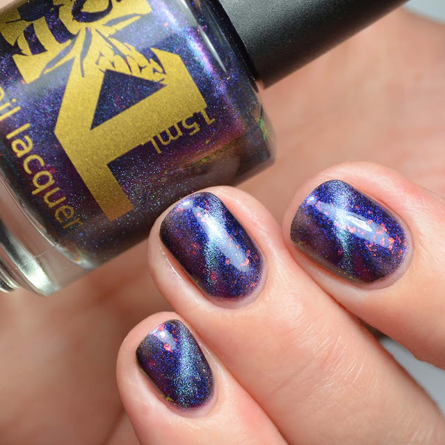blue to purple magnetic multichrome nail polish three finger swatch