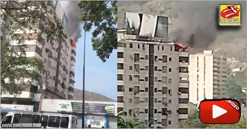 Se incendia un Penthouse en Puerto la Cruz por explosión de fuegos artificiales