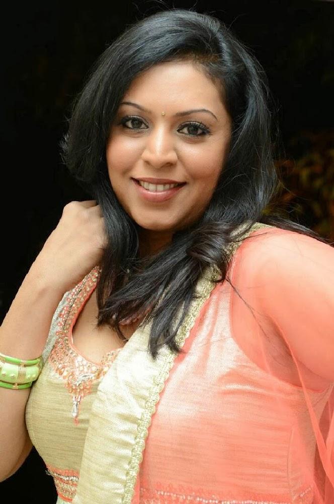 Tamilcinestuff   Singer Madhu Photos In Salwar Kameez At Swiss Bank Ki Daredi Movie Audio -1122