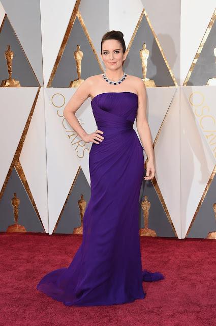 Oscar 2016 Tina Fey vestida Atelier Versace