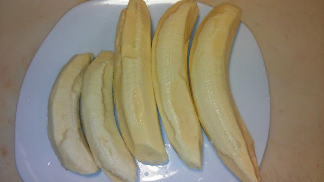 Plátanos verdes pelados
