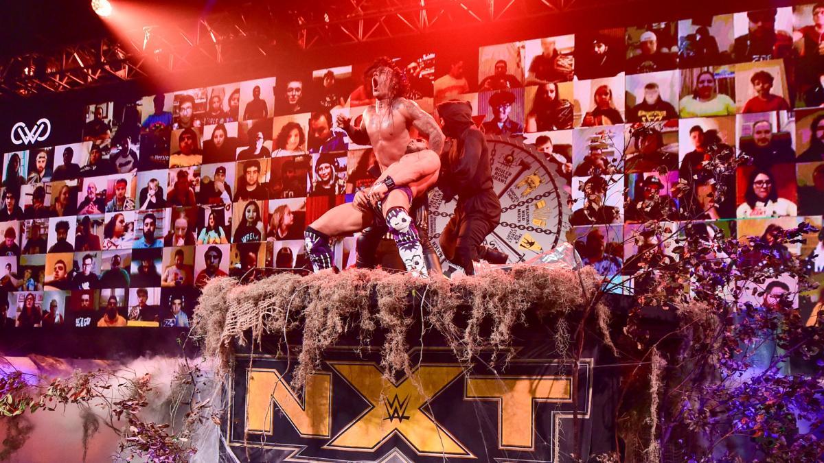 "Novos detalhes sobre a identidade do ""Ghostface"" no NXT Halloween Havoc"