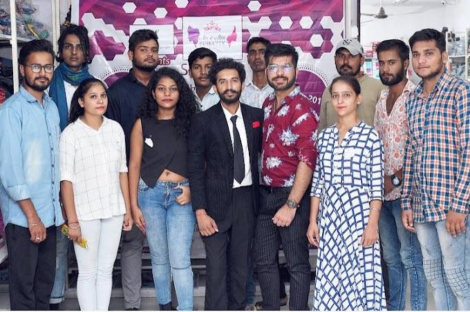 जोधपुर ऑडिशन में टैलेंट दिखाने शामिल हुए शहर के मॉडल्स, रैंप वाक कर जजेज को किया इम्प्रेस