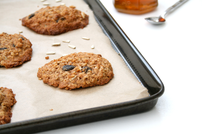 Honey_Oatmeal_raisin_cookie | www.bakeandthecity.co.uk