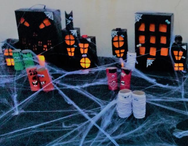 activité bricolage creation enfants  halloween village hanté