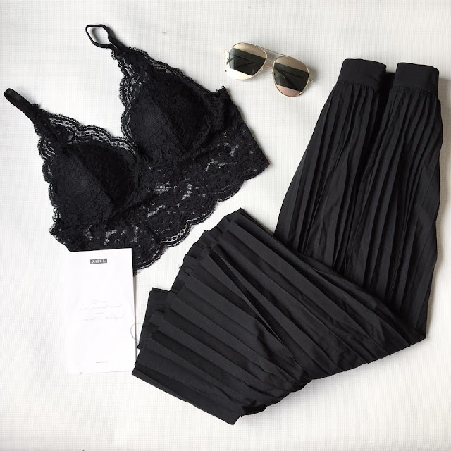 black outfit black skirt black pleated skirt black bra bralette zaful