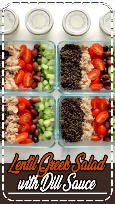 Meal Prep Lentil Greek Salad! Lentils, tomatoes, cucumbers, pepperoncini, kalamatas, and a big dollop of homemade fresh dill yogurt sauce. YUM. #mealprep #sugarfree #lentils #tuna