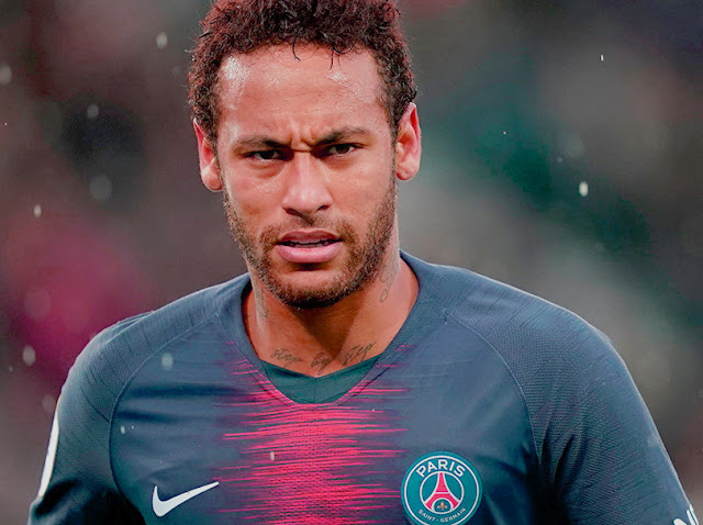 Paris St-Germain reject Barcelona & Real Madrid bids for Brazil forward