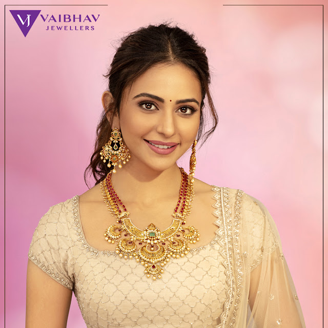 Antique Sets by Vaibhav Jewellers