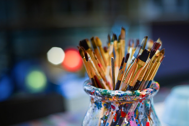 Paint brushes for Plate painting